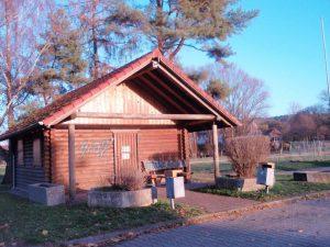 Blockhütte am Sportheim